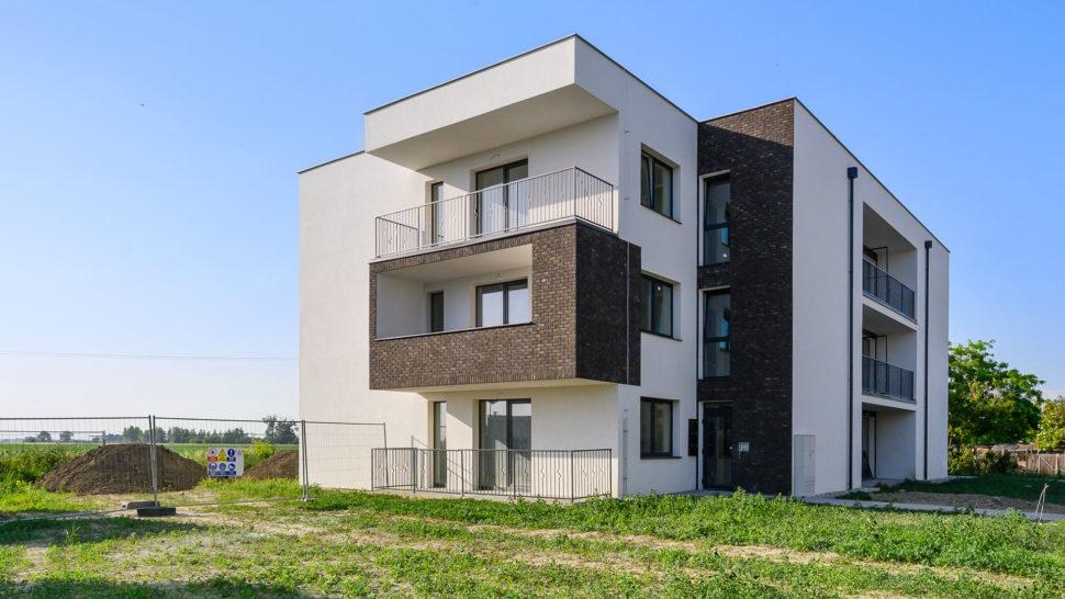 Novostavba 3 izbové byty Blatná naostrove